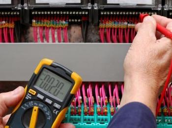 دستگاه های اندازه گیری ولتاژ و جریان